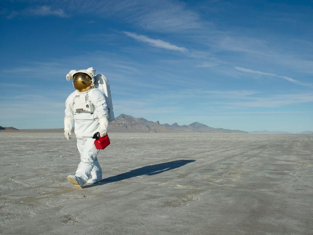 astronaut-flats